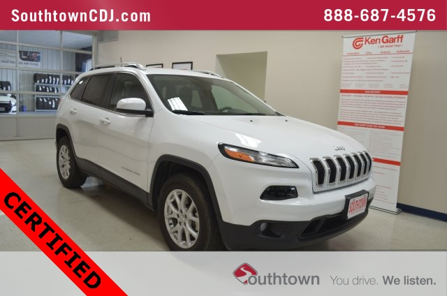 Certified Pre Owned 2017 Jeep Cherokee Latitude