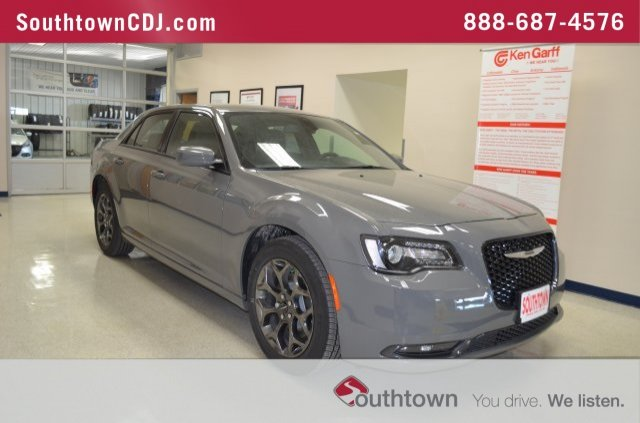 Chrysler 300 S >> New 2018 Chrysler 300s Awd