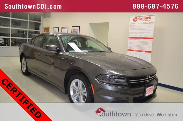 Certified Pre Owned 2017 Dodge Charger Se 4dr Car In Indianola