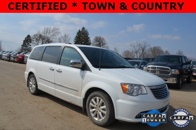 Certified Pre-Owned 2016 Chrysler Town & Country Limited Platinum