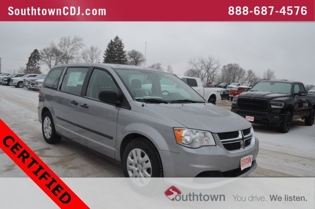 Certified Pre-Owned 2016 Dodge Grand Caravan American Value Pkg