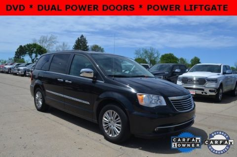 Certified Pre-Owned 2016 Chrysler Town & Country Touring-L